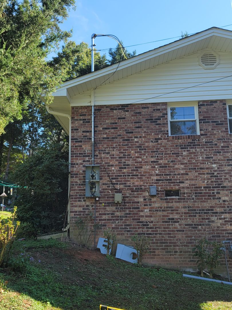 Toccoa, GA - Started on electrical renovation by Installing new 200 amp outdoor main service Electrical panel.