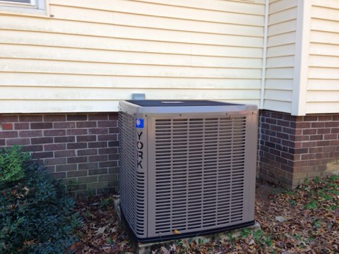 Bowersville, GA - Install High Efficiency York Heat Pump system with separate Thermostat controlling upstairs. Efficient, high quality air cleaner assures  more dust control and healthier air to breathe and enjoy. Sealed air delivery system for maximized comfort and efficiency with air volume controls to allow balanced airflow and more even comfort.