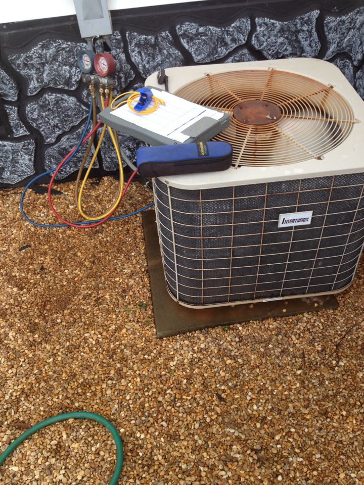 Martin, GA - Maintenance service checkup on an intertherm air conditioning system