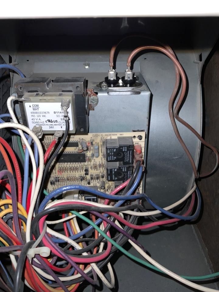 Winnetka, IL - Replace capacitor, clean flame sensor to proper standard.
