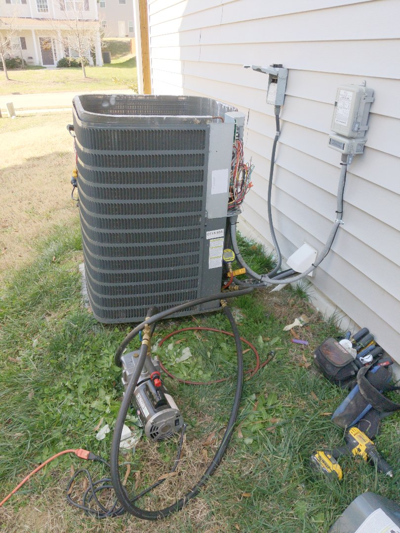 Zebulon, NC - Repairing a refrigerant leak on a heat pump.