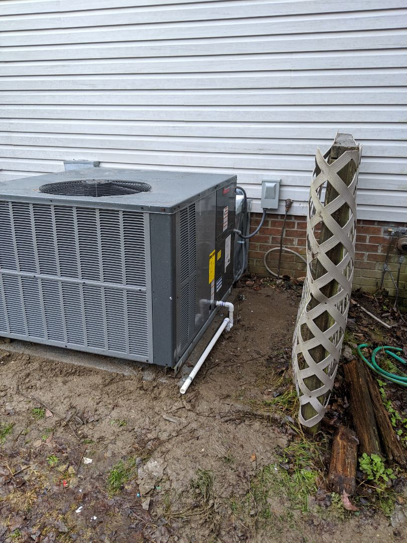 Benson, NC - Replaced heat pump pack