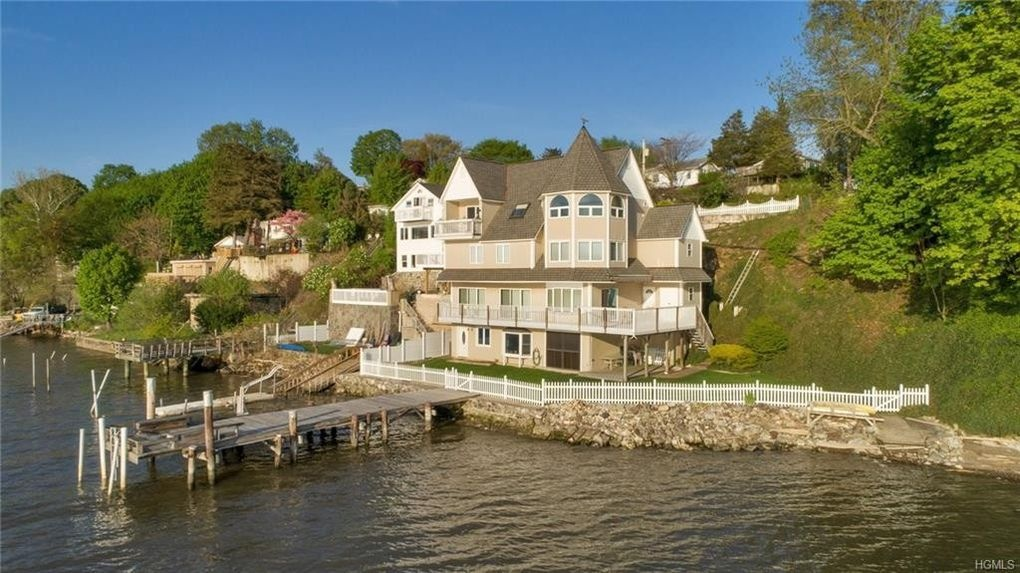 Poughkeepsie, NY - Waterfront home inspection