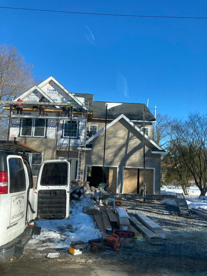 Boonton, NJ - CertainTeed Mainstream Siding Natural Clay