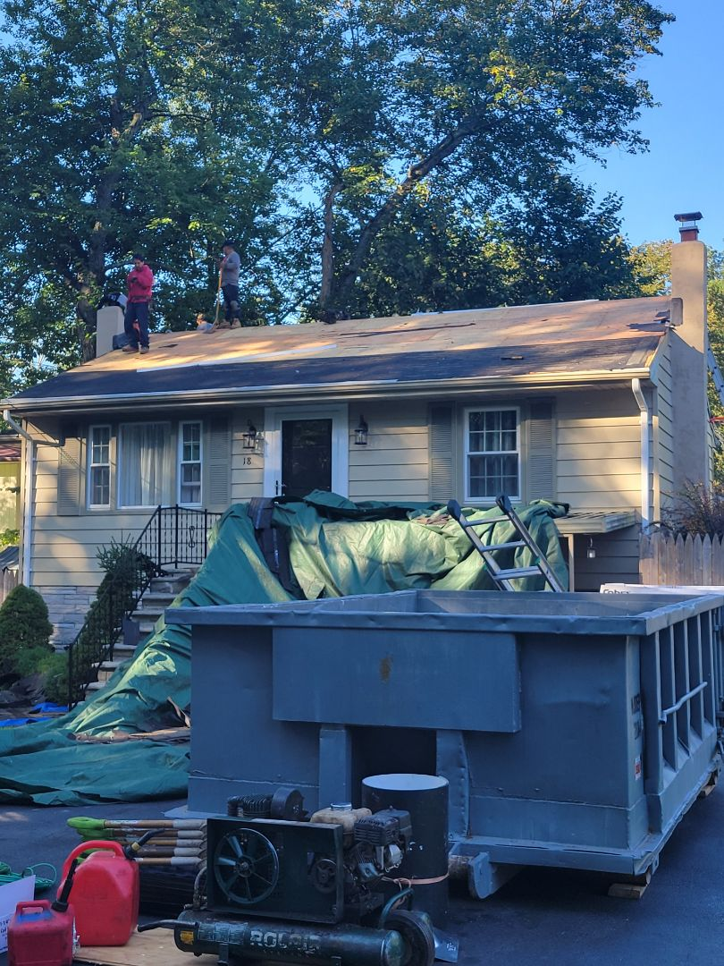 Stanhope, NJ - Installing a new GAF Timberline HDZ Roof in Charcoal