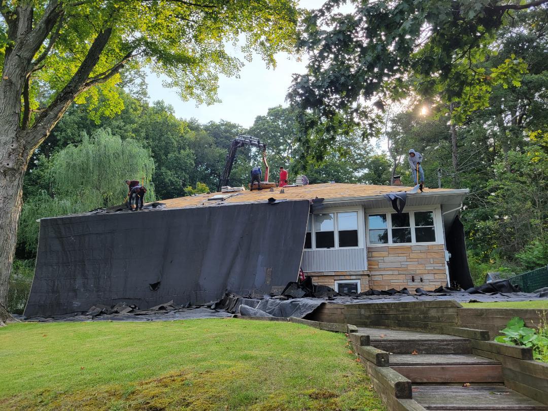 Roxbury Township, NJ - Removing old roof