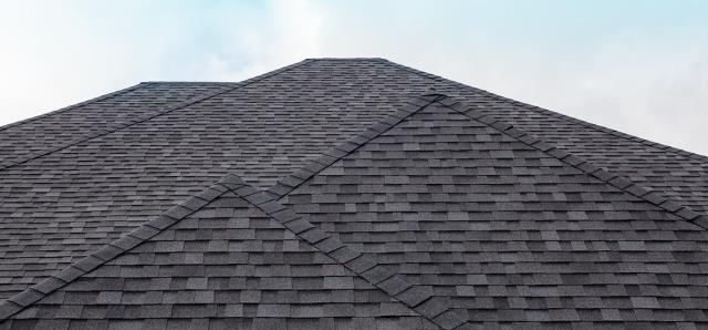 Commercial Roofing Near Avalon FL : Are you searching for reliable roofing contractors? If so, you have come to the right place.  Know Your Options Here: https://freemanroofing.com/residential-roofing-services/