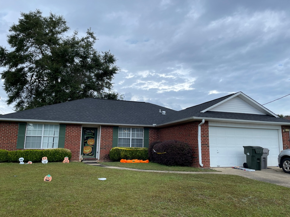 Pensacola, FL - Atlas Shingles Freeman Roofing