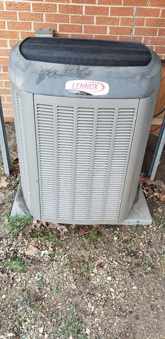 Branson, MO - Came to do planned maintenance agreement ac tune up. Found dirty coils on indoor and outdoor units. Cleaned them both and checked operation of units. Found weak capacitor. Replaced it before it caused a breakdown.