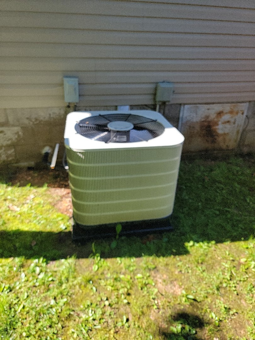 Reeds Spring, MO - Came out for a planned maintenance agreement cooling tune up,on an nordine air conditioner.found the system to be operating properly.