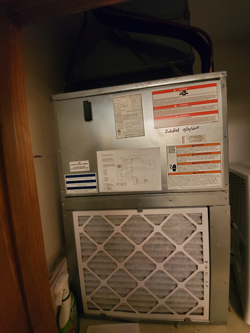 Planned maintenance checkout on goodman  heat pump system. System looks great at this time.