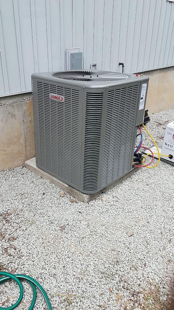 Kimberling City, MO - Brand new 15 seer Lennox heat pump with emergency backup heat.