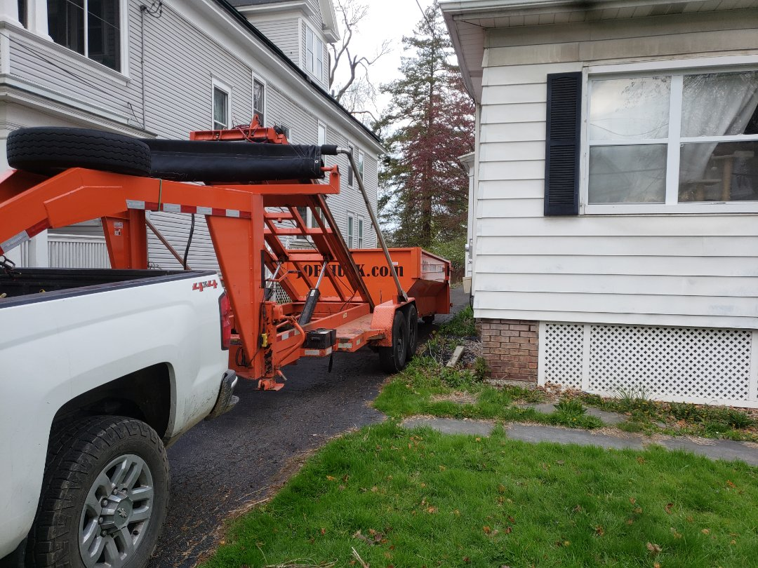 Albany, NY - 12 yd dumpster north pine Albany NY, 12203. For a cleanaout