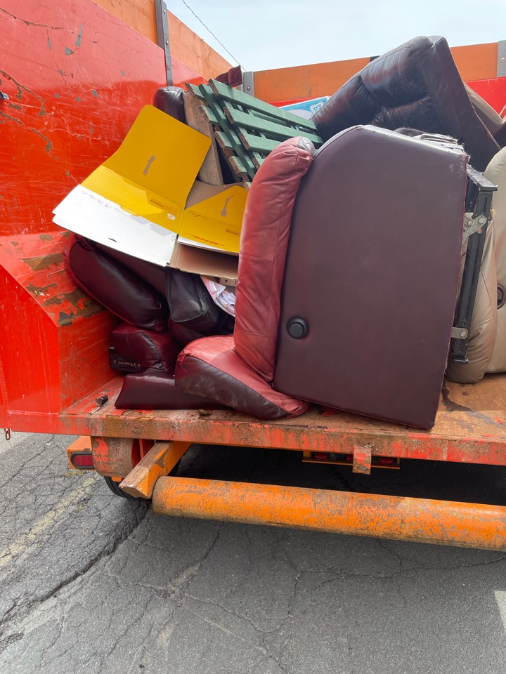 Valatie, NY - Cleanouts and dumpsters offered in Valatie NY. Call us at 5182375865