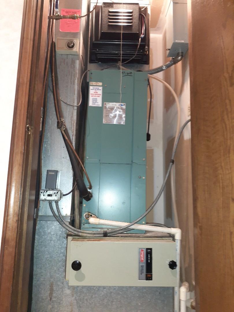 Morton Grove, IL - Morton Grove, IL Fan coil maintenance.