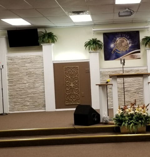 Crestview, FL - Customer came in looking for stacked stone for a local Crestview church. They chose stacked stone Ledger Panel in the color Golden Honey Pencil 6 x 24.  Stacked stone ledger panel adds warmth and a textured look in the church.
