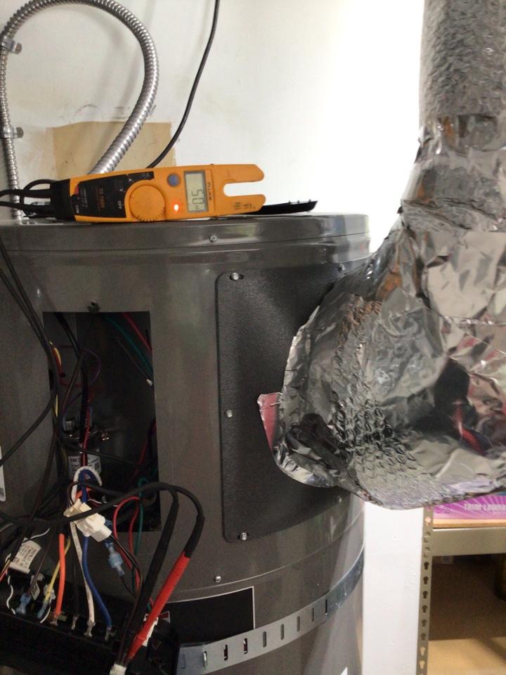 Anacortes, WA - Heat pump water heater diagnostic in Anacortes, Wa.
