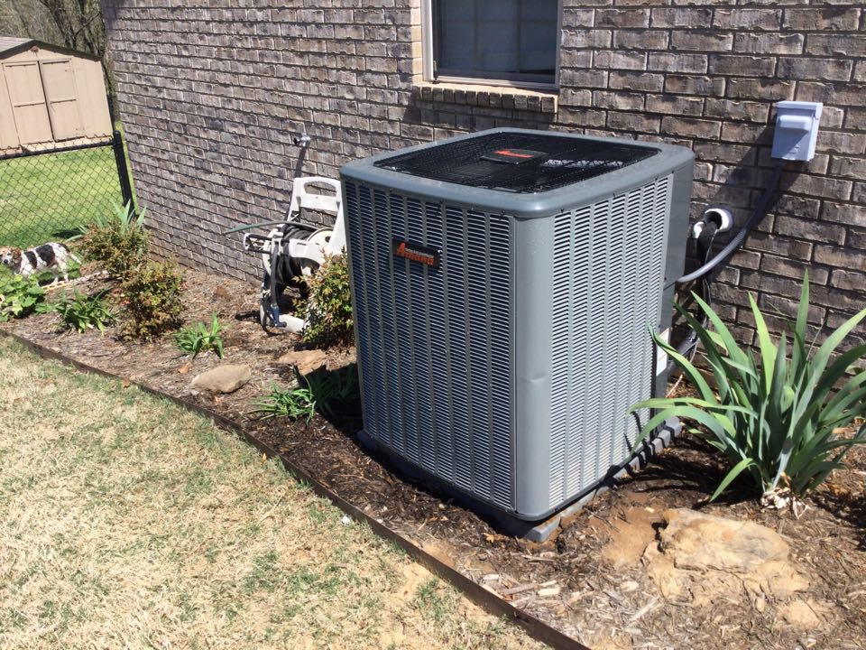 Van Buren, AR - Performed a spring tuneup on a Legacy Air by Tom's heat pump system for a customer in Van Buren on Willow Creek Drive