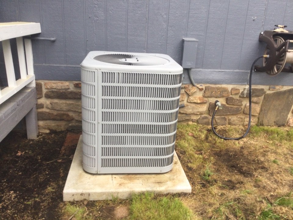 Found a Janitrol air conditioner with a refrigerant leak on a spring tuneup and will be back to make the repairs to the system to stop the leak. I will have to come back and Recover the refrigerant due to contamination and factory charged the system after the leak repair is done.In Van Buren by Cherokee Trail.