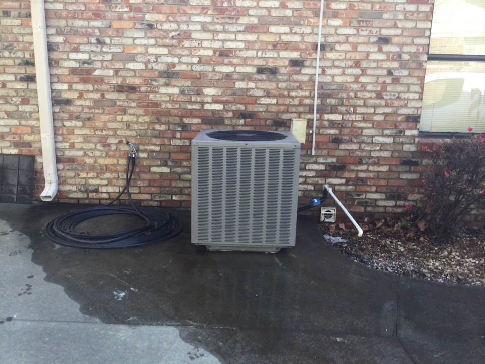 Performed a spring tuneup on a weather king air conditioner and a route furnace on the east side of Fort Smith amp draw is good and pressures are great customers ready for cooling for the summer