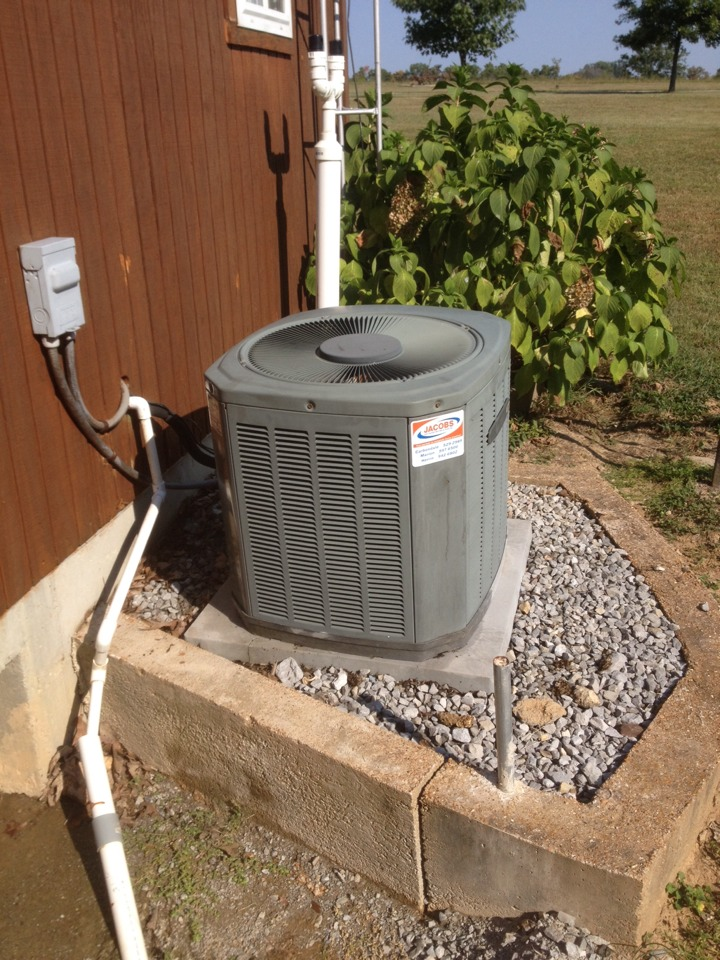 Cobden, IL - AC and heating maintenance- spring and fall tune up