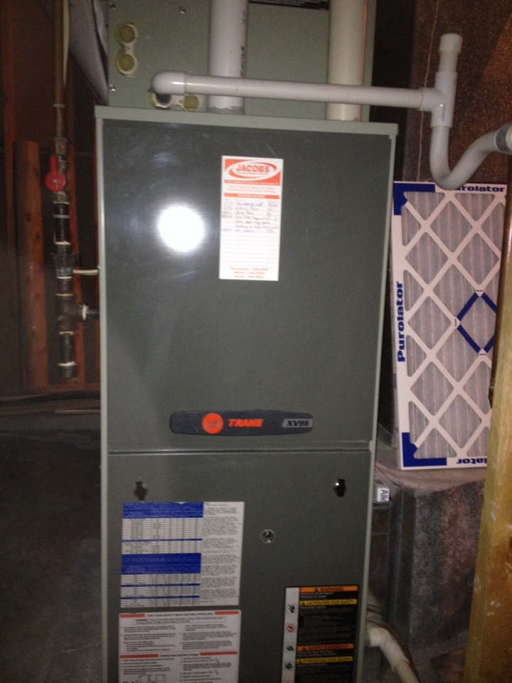 Pomona, IL - Fall maintenance- furnace tune up and cleaning gas furnace/ heat pump hybrid
