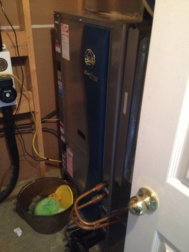 Cobden, IL - Water Furnace Geothermal Service