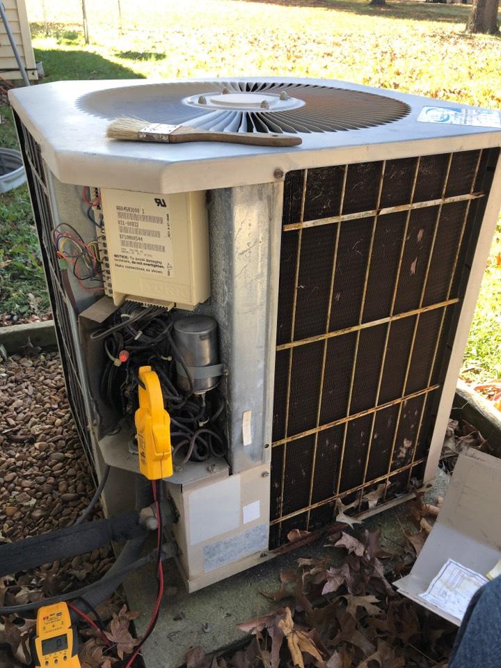 Murphysboro, IL - Heating repair service - York heat pump