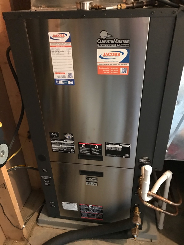 Cobden, IL - ClimateMaster geothermal system and Lennox/WaterFurnace split system fall maintenance