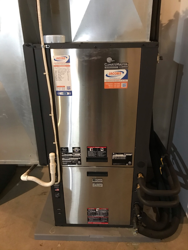 Cobden, IL - ClimateMaster geothermal system fall maintenance