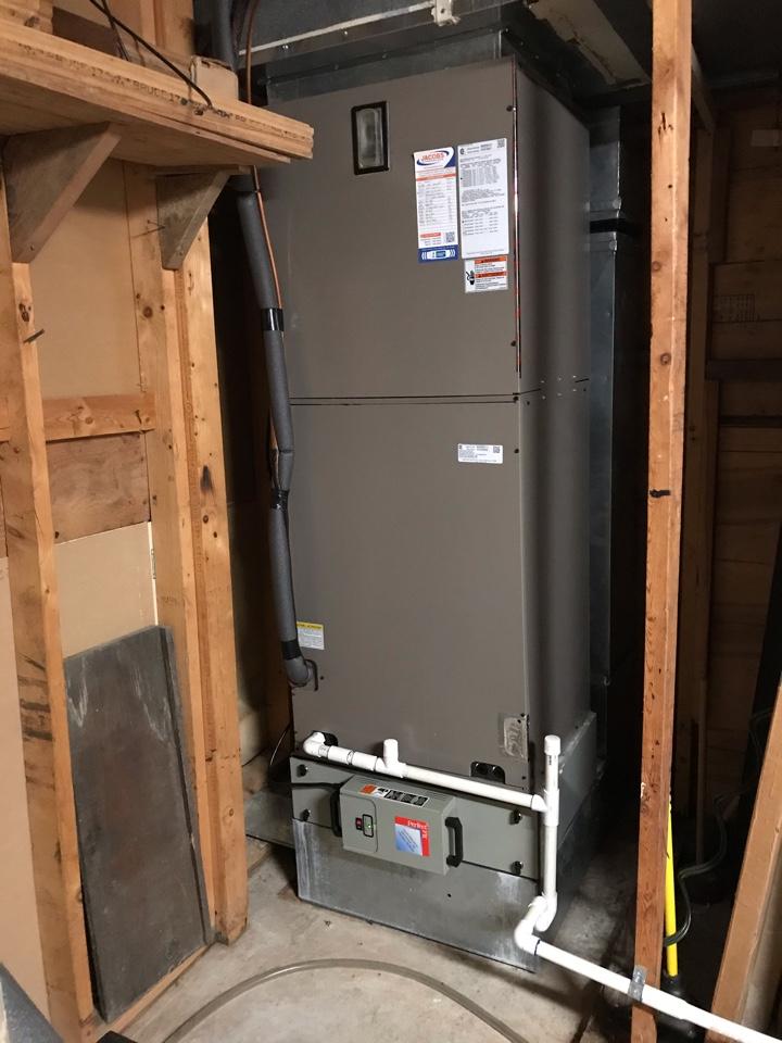 Makanda, IL - York electric heat pump fall maintenance