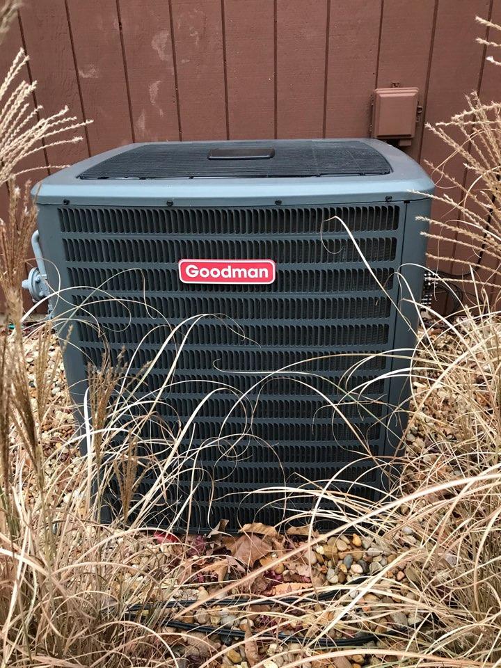 Murphysboro, IL - Fall maintenance on Goodman electric heat pump and ADP unit