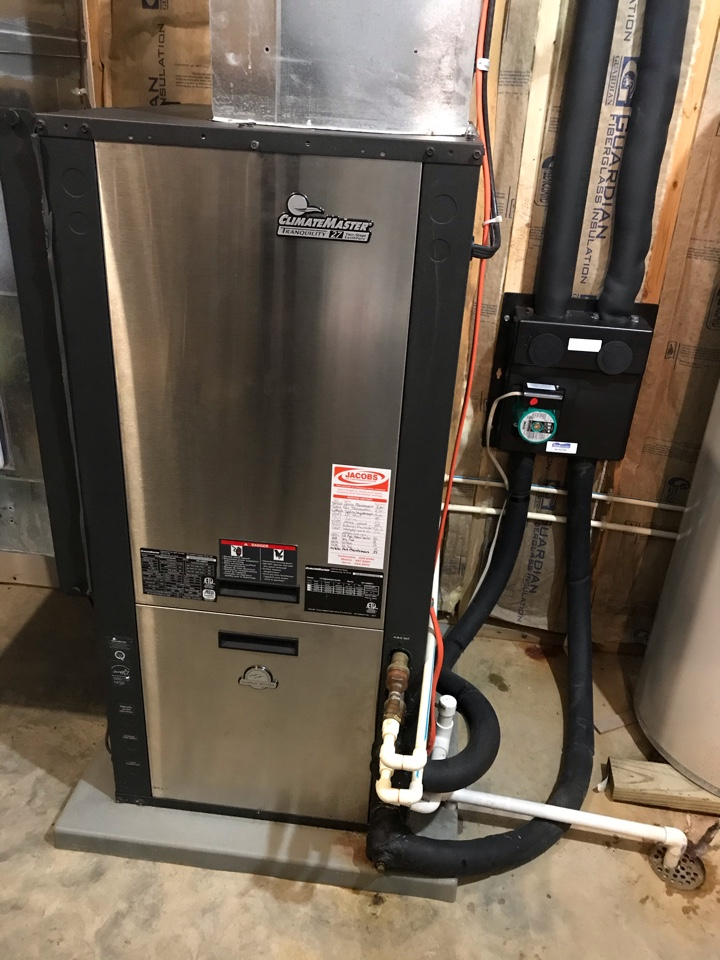 Marion, IL - ClimateMaster geothermal system fall maintenance