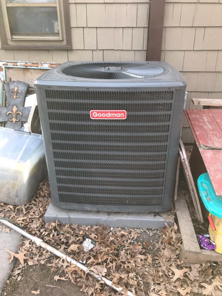 Murphysboro, IL - Complimentary fall maintenance on Goodman electric heat pump