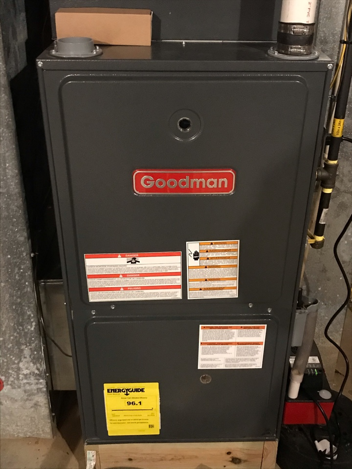 Cobden, IL - Fall maintenance on Lennox electric heat pump and Goodman gas furnace