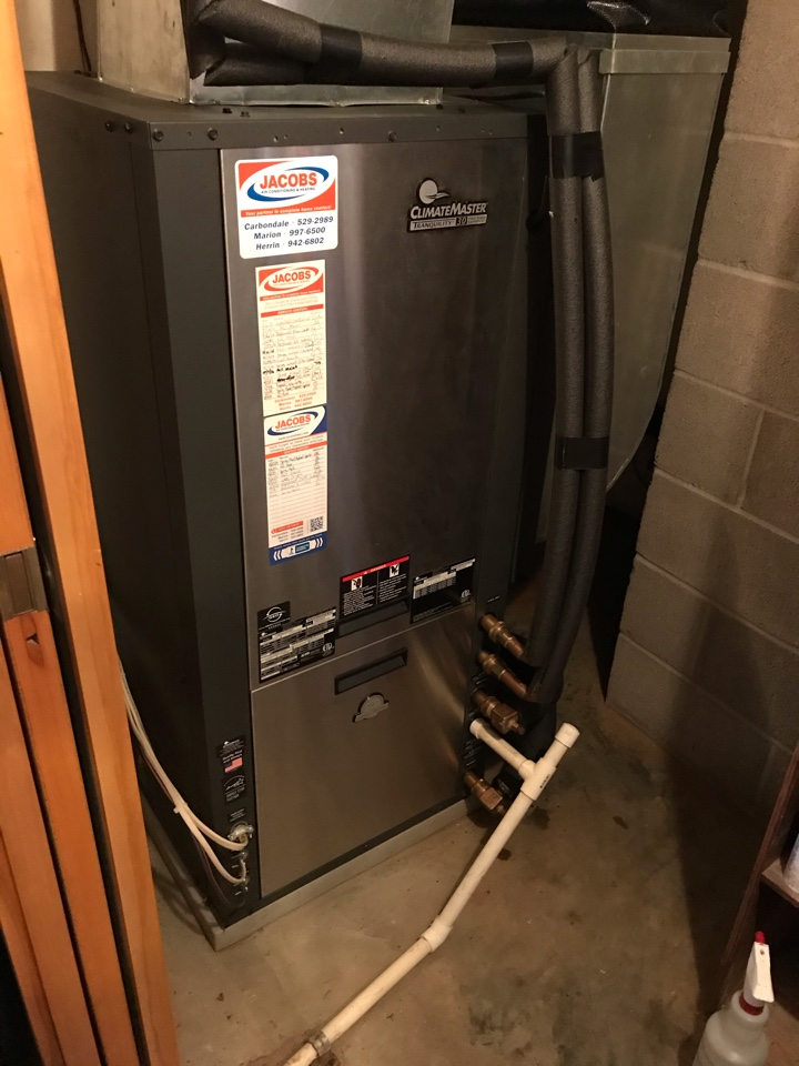 Murphysboro, IL - Spring maintenance on two ClimateMaster geothermal systems