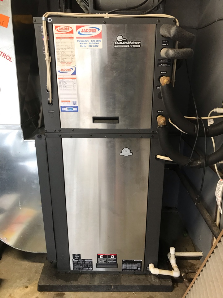 Carbondale, IL - Spring maintenance on ClimateMaster geothermal system