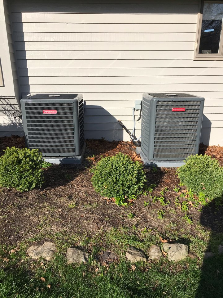 Carbondale, IL - Complimentary spring maintenance on two Goodman heat pumps