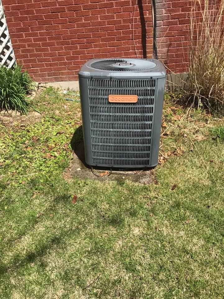Anna, IL - Spring maintenance on Goodman heat pump
