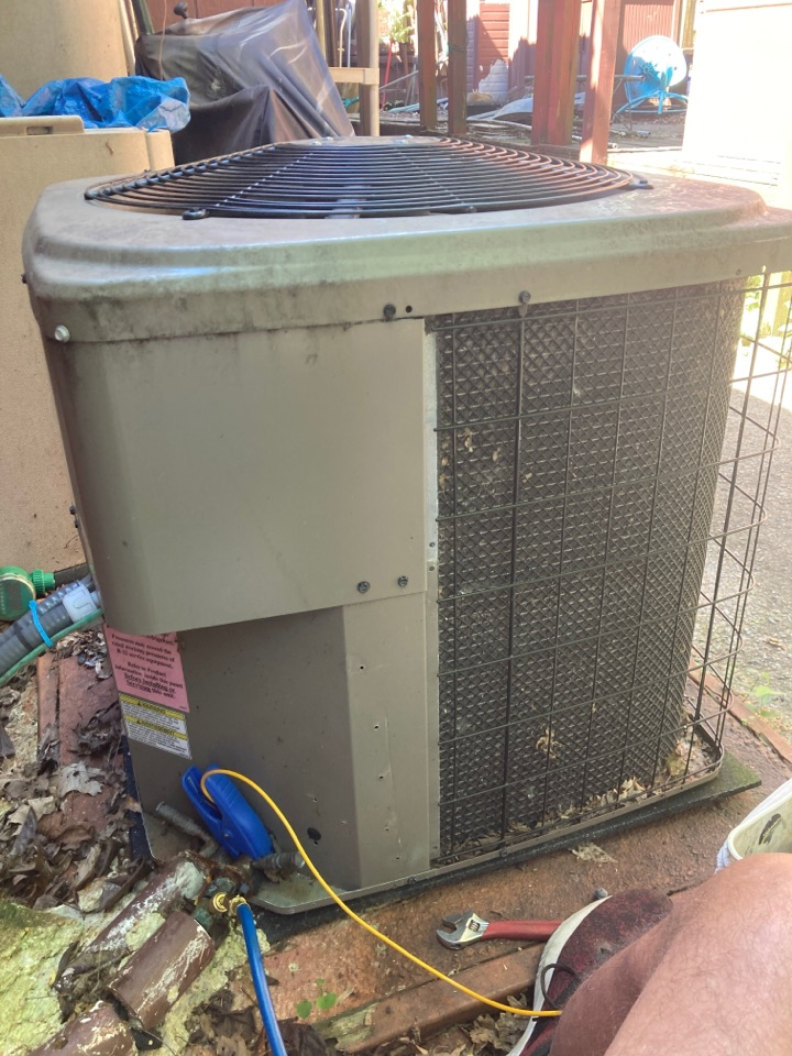 Carbondale, IL - Air conditioning service - Winchester a/c