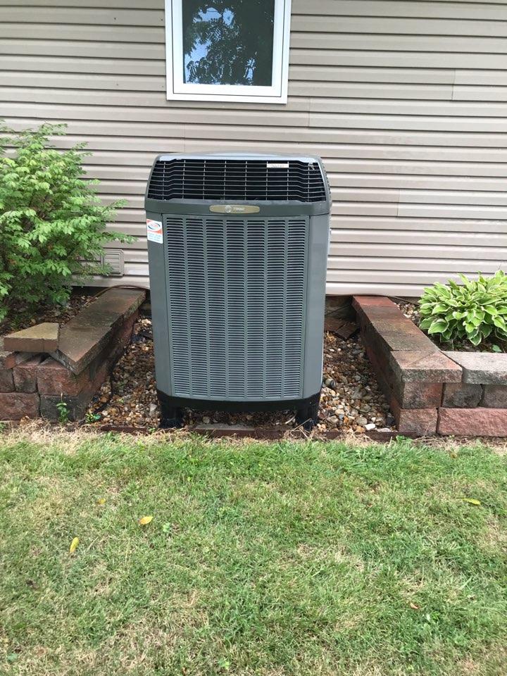 Makanda, IL - Cooling maintenance on Trane heat pump