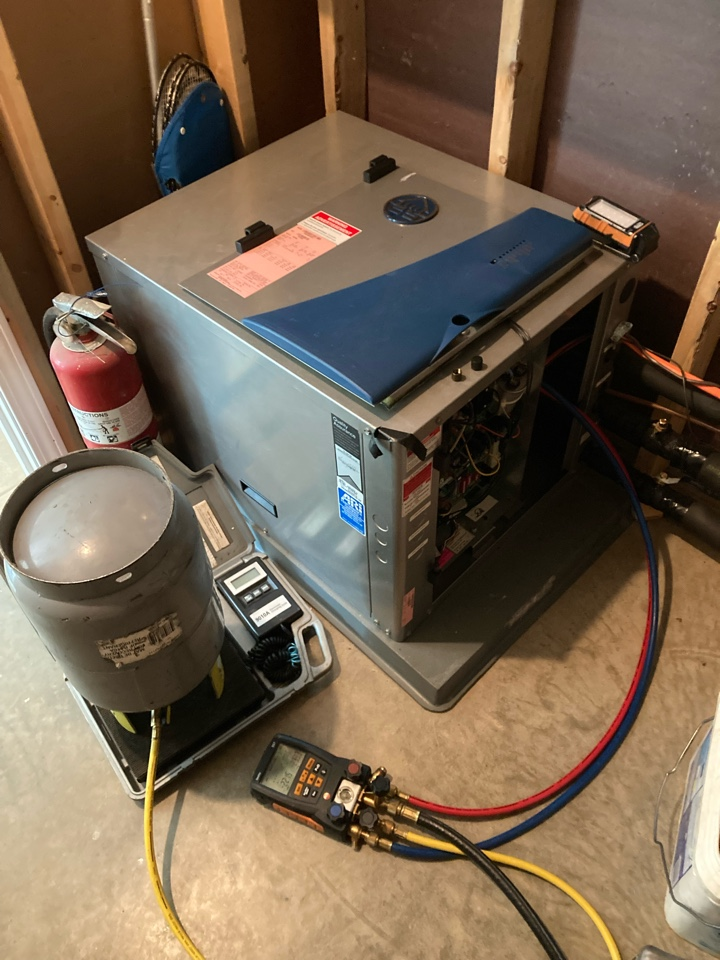 Cobden, IL - Air conditioning repair - Waterfurnace Geothermal system