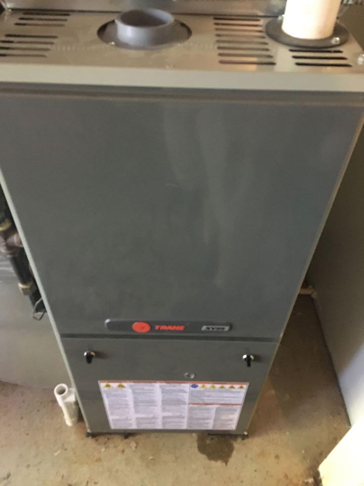 Carbondale, IL - Maintenance on Trane air conditioner