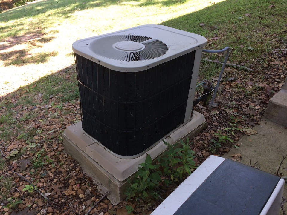 Creal Springs, IL - Lake of Egypt - quoting a replacement for this Bryant AC