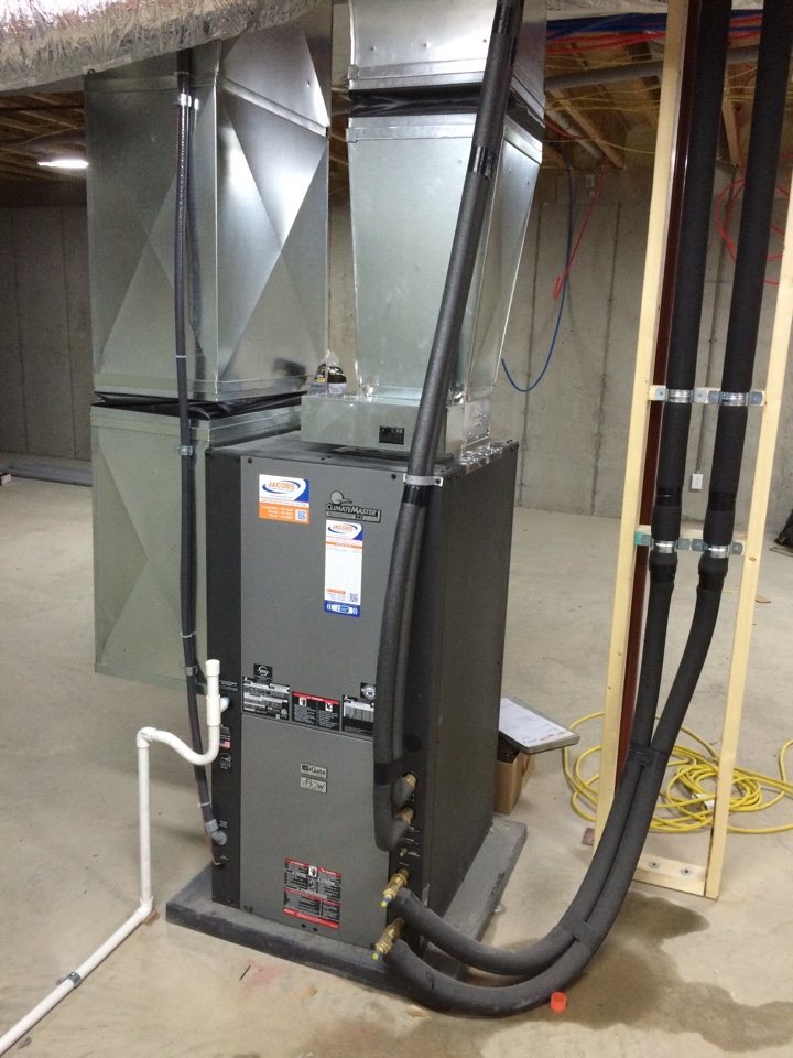 Du Quoin, IL - Climate Master Geothermal Installation