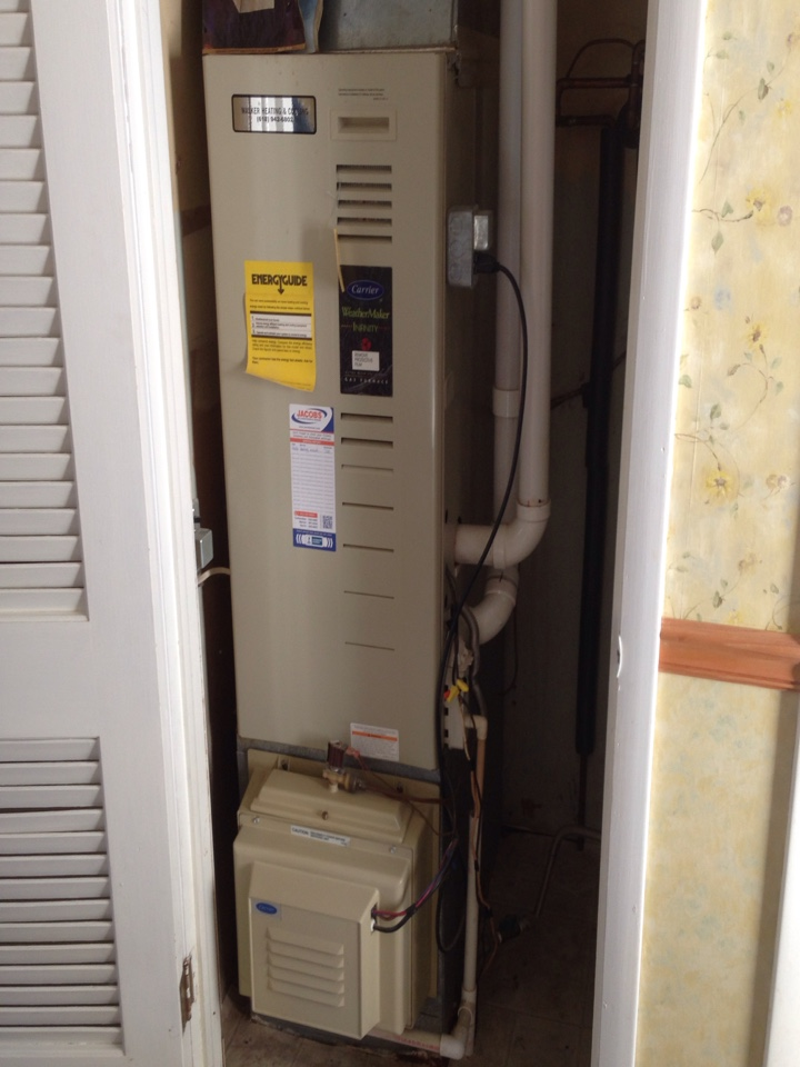 Herrin, IL - Fall maintenance furnace tune up and cleaning
