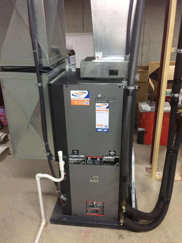 Du Quoin, IL - Climate Master Geothermal Maintenance
