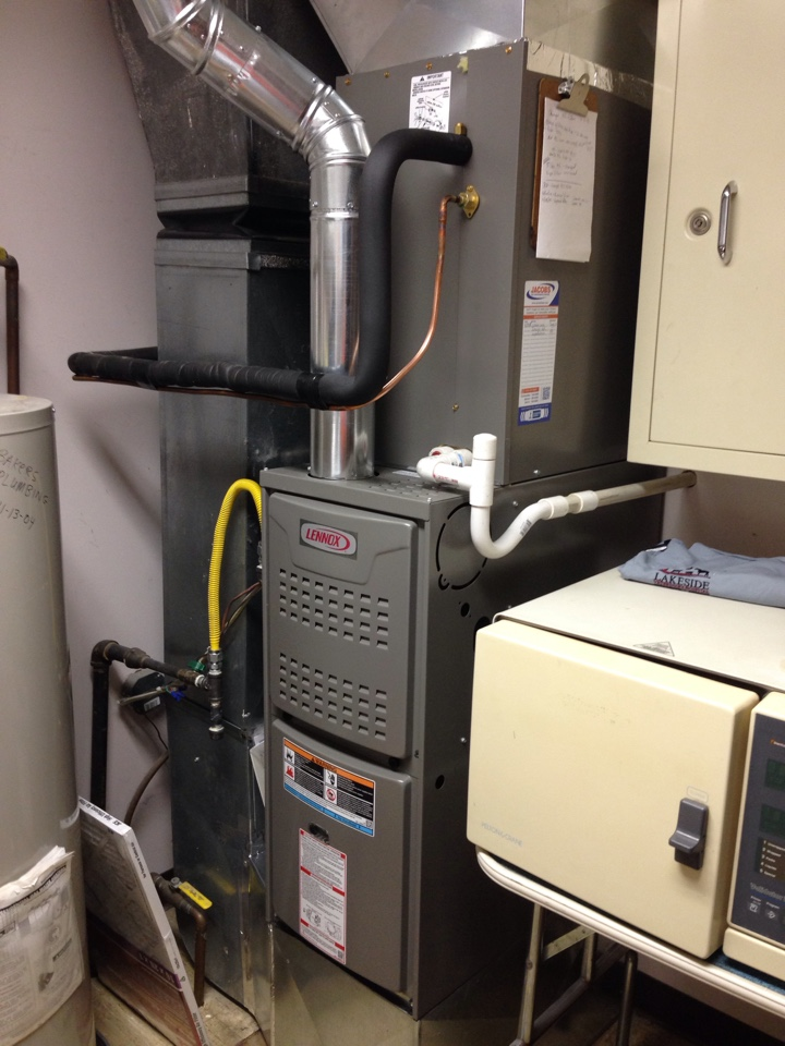 Energy, IL - Installed new Lennox furnace and air conditioner. New ductwork connecting supply and return plenums