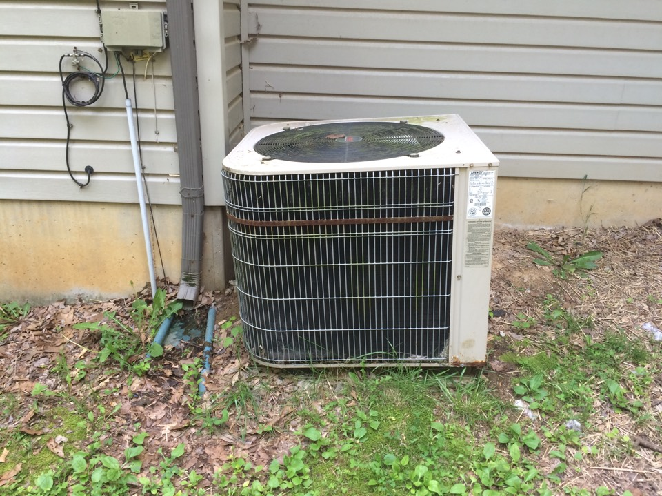 Creal Springs, IL - Quoting an air-conditioner replacement