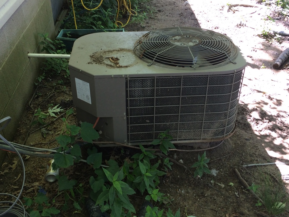 Vergennes, IL - Air conditioning repair - servicing a Coleman A/C